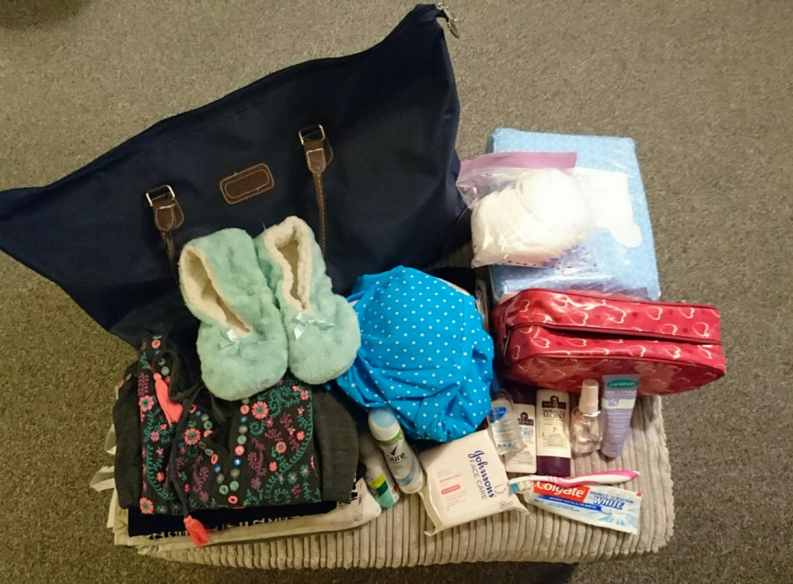 hospital bag for mum
